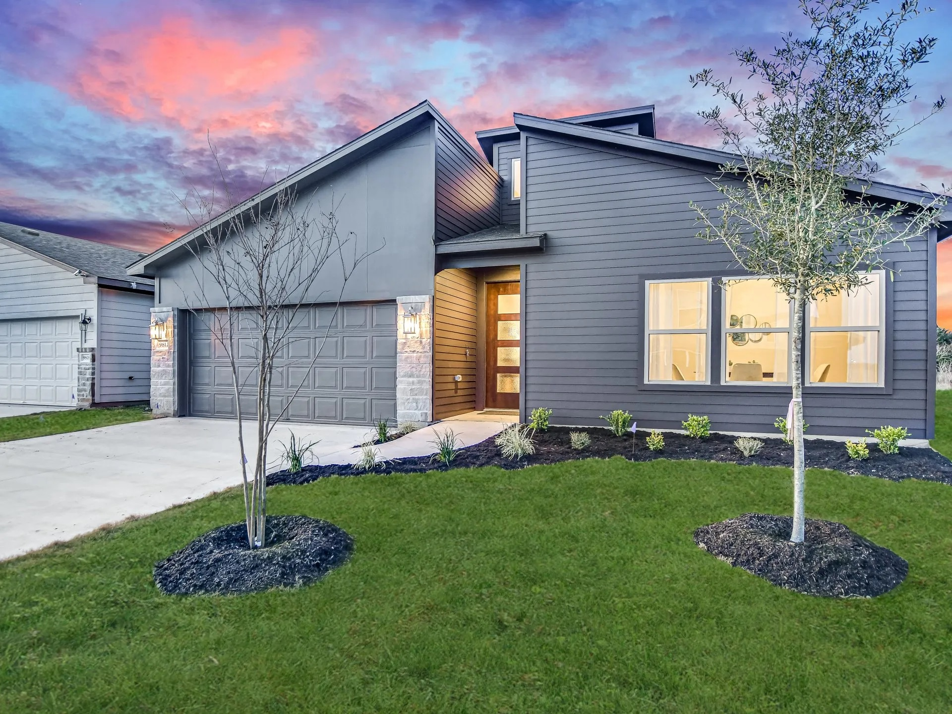 16412 Enamorado Road New Austin Home