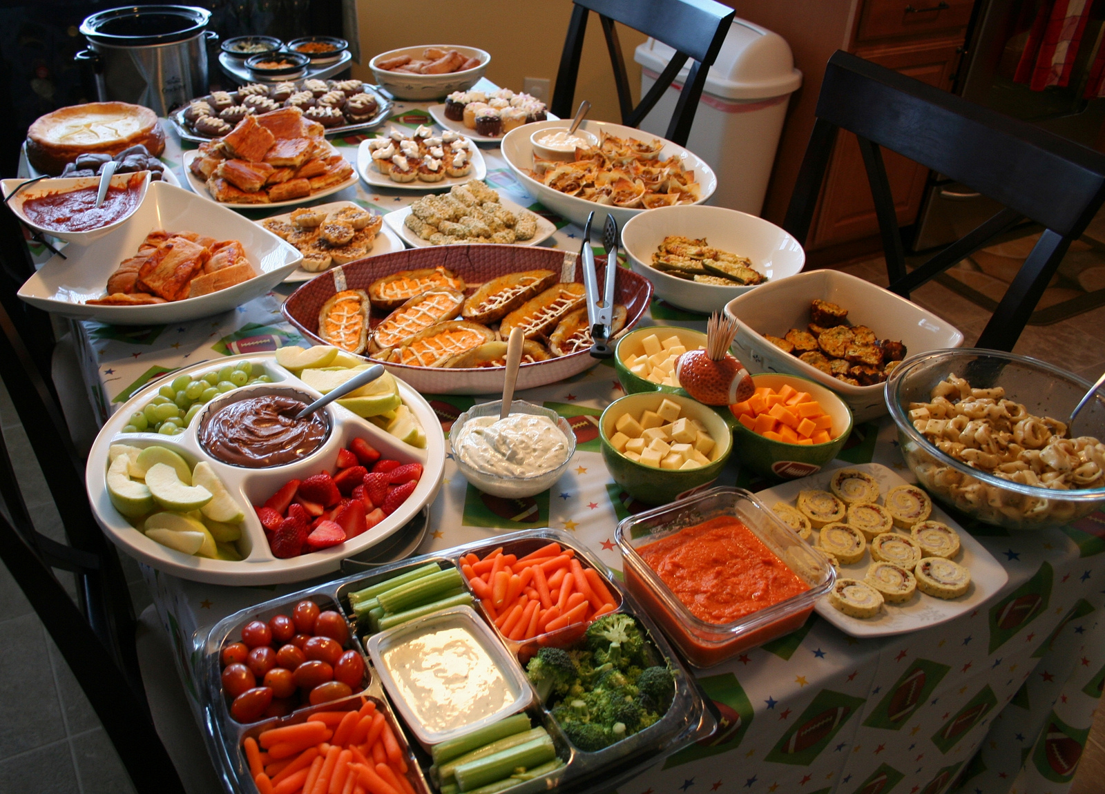 super bowl party  switz1873/flickr